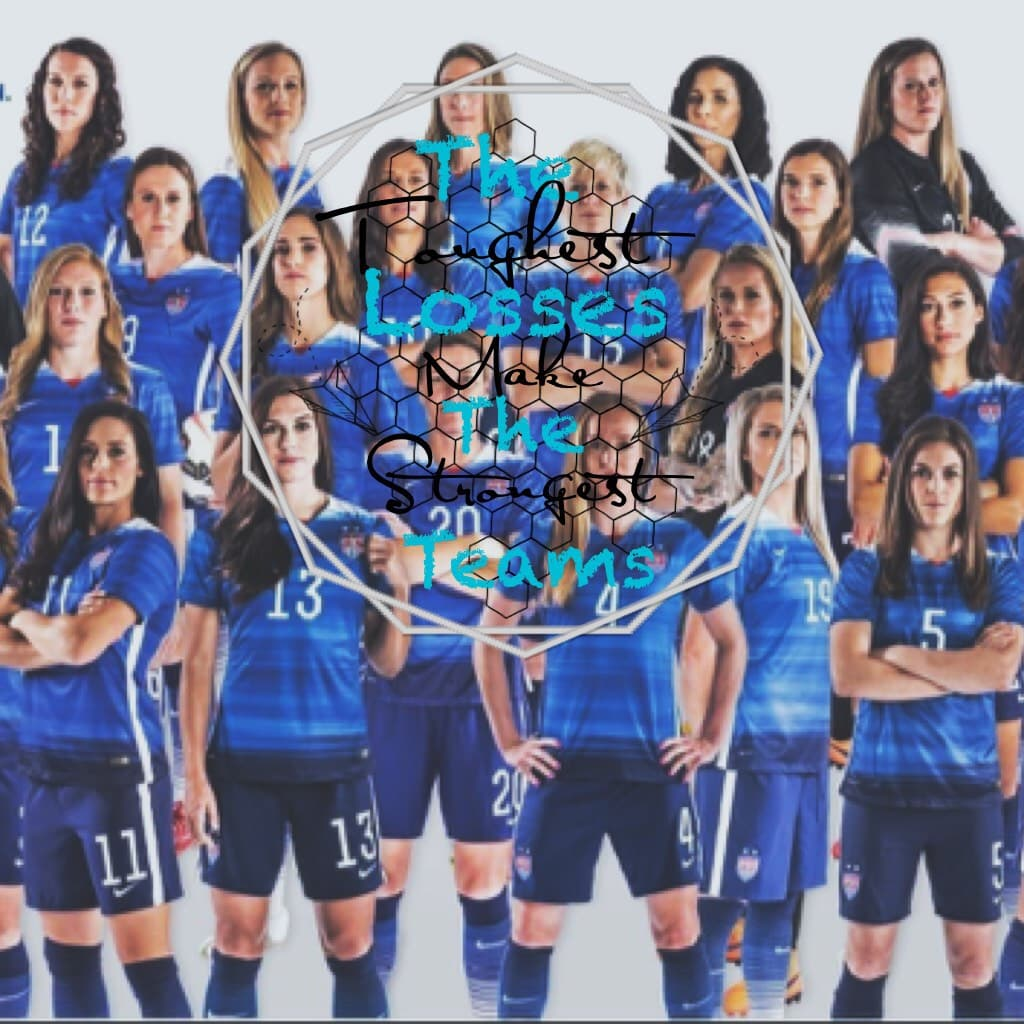 I love this pic of the USA Women's team!!!😱💖⚽️