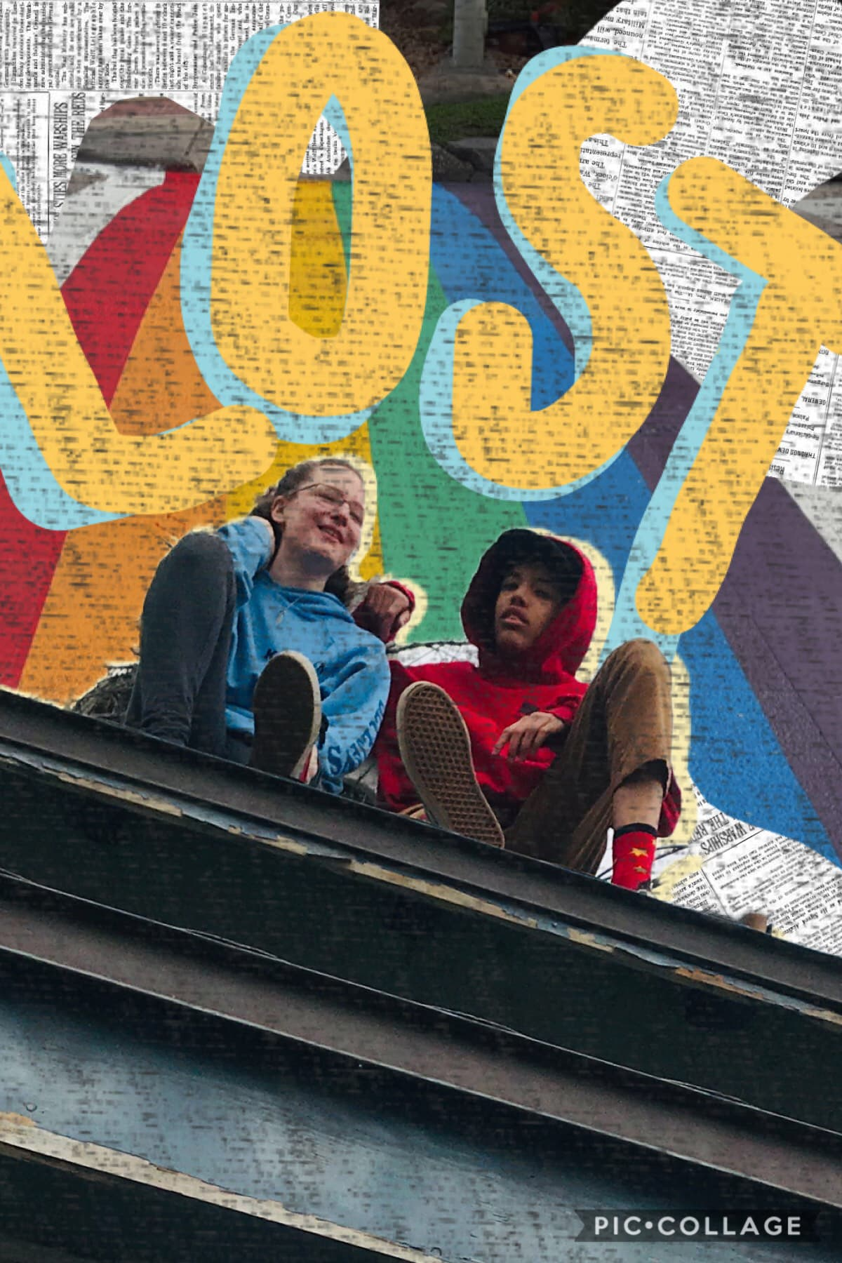 🥖 h e y 🥖 remember how i thought i was leaving pc? IM BACKKK here's a funky edit for y'all  this is actually a pic of me and my friend sitting on a roof (be safe kidders) im the red boyyy 👉😎👉    🦵🦵