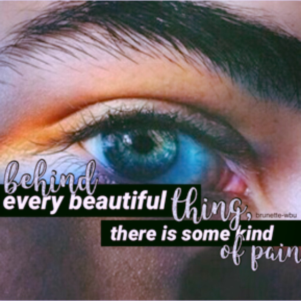 new theme💫| tap👇🏼 hey guys this my start on my new theme! I find eyes so beautiful! QOTD: What is your eye colour? AOTD: Mine are light brown, sometimes have green reflects, depending on lighting.