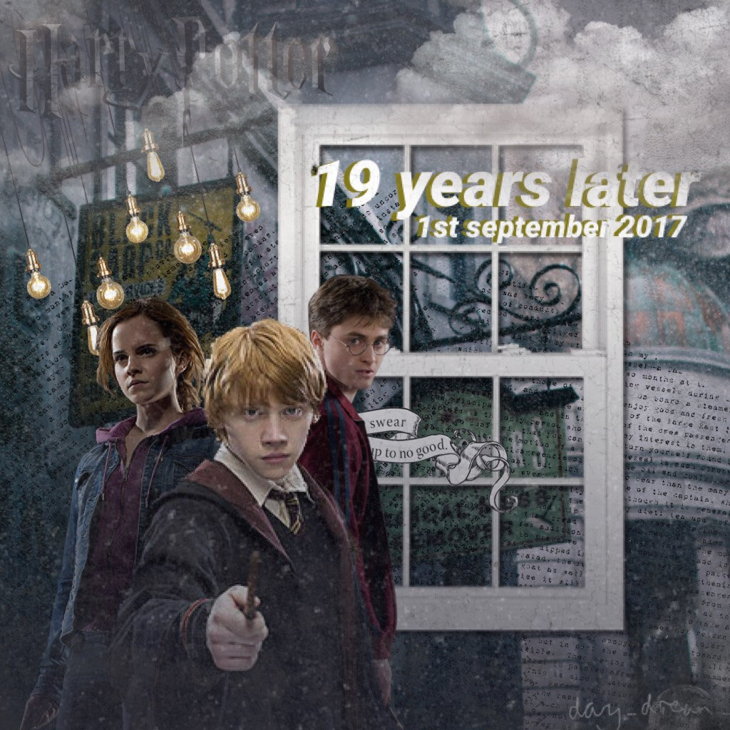 Taaaaappppp!!!!!!!!  YAASSSSSS HARRY POTTER FAM ❤️❤️⚡️  omg it's 19 years later today!!!!! (ya know.... the epilogue xD)  QOTD: do you like Harry Potter?? AOTD: bîtch it was my childhood 💖😂  Oh and the pngs are back 😂😂 made this in a rush when I found out