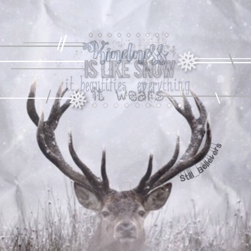 Tap  Starting a Christmas/winter  theme now..I know it's not thanksgiving yet, and maybe I'll throw in a thanksgiving collage on my account, but I loved the background I had to use it ❄️😌