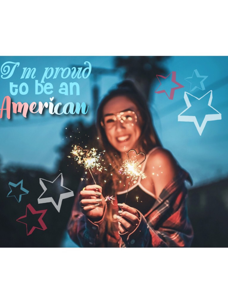 🎉Tap🇺🇸 HAPPY FOURTH OF JULY! One of my ultimate favorite holidays 💕 the funny thing is..Lauren (girl in collage) is Canadian! But that's ok...right? 😂