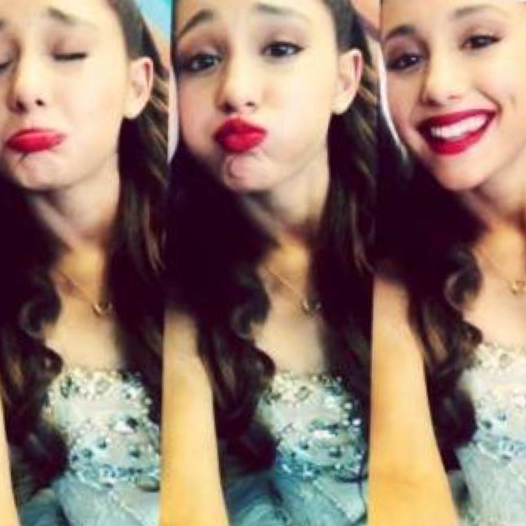 Ariana is so cute😍