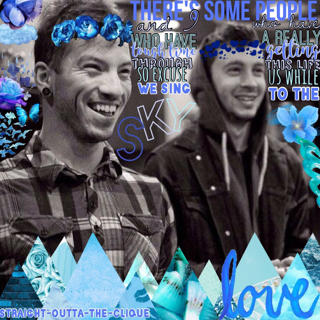 When u know Blurryface is coming so u gotta use up all da blue LOL YALL JOSHS SMILE GIVES ME LIFE IN THIS PIC I LOVE IT SO MUCH
