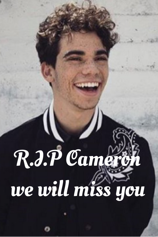 It's so sad what happened, we all loved him. 😍😥😘