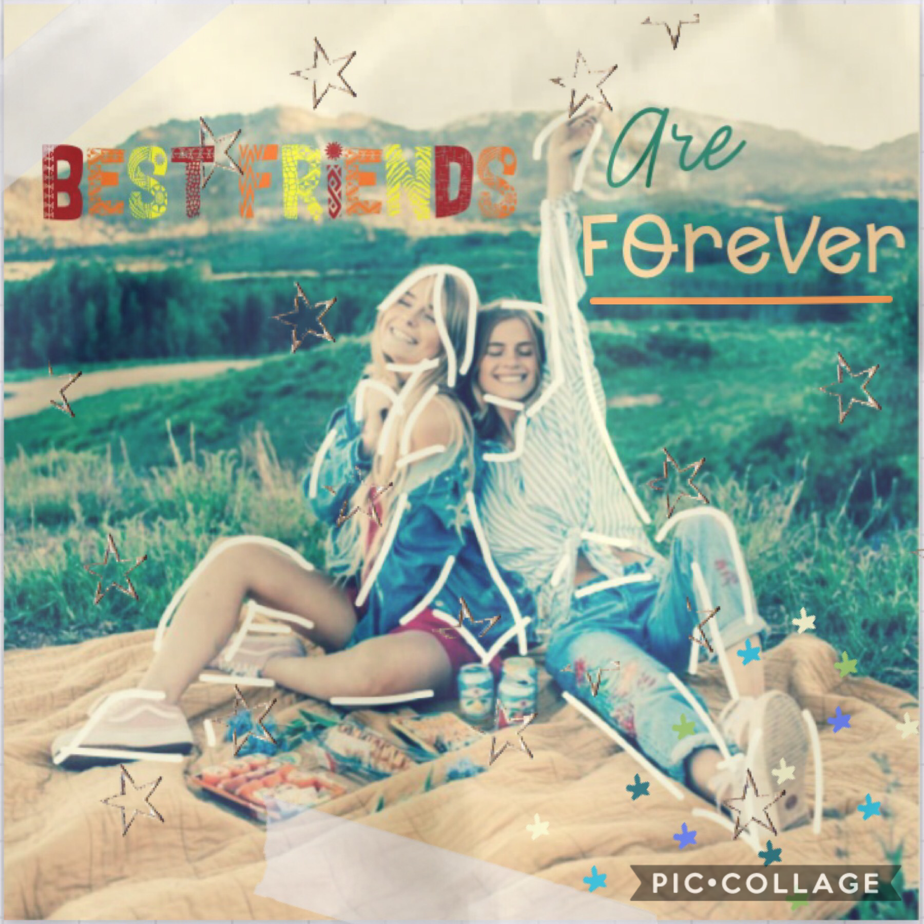 ❤️tap❤️   'Best friends are forever'  Hi! Having a good day? This was my first time using fonts from outside of pc! How do you like it? Last day of school today 🥳 thanks again for 600 followers!