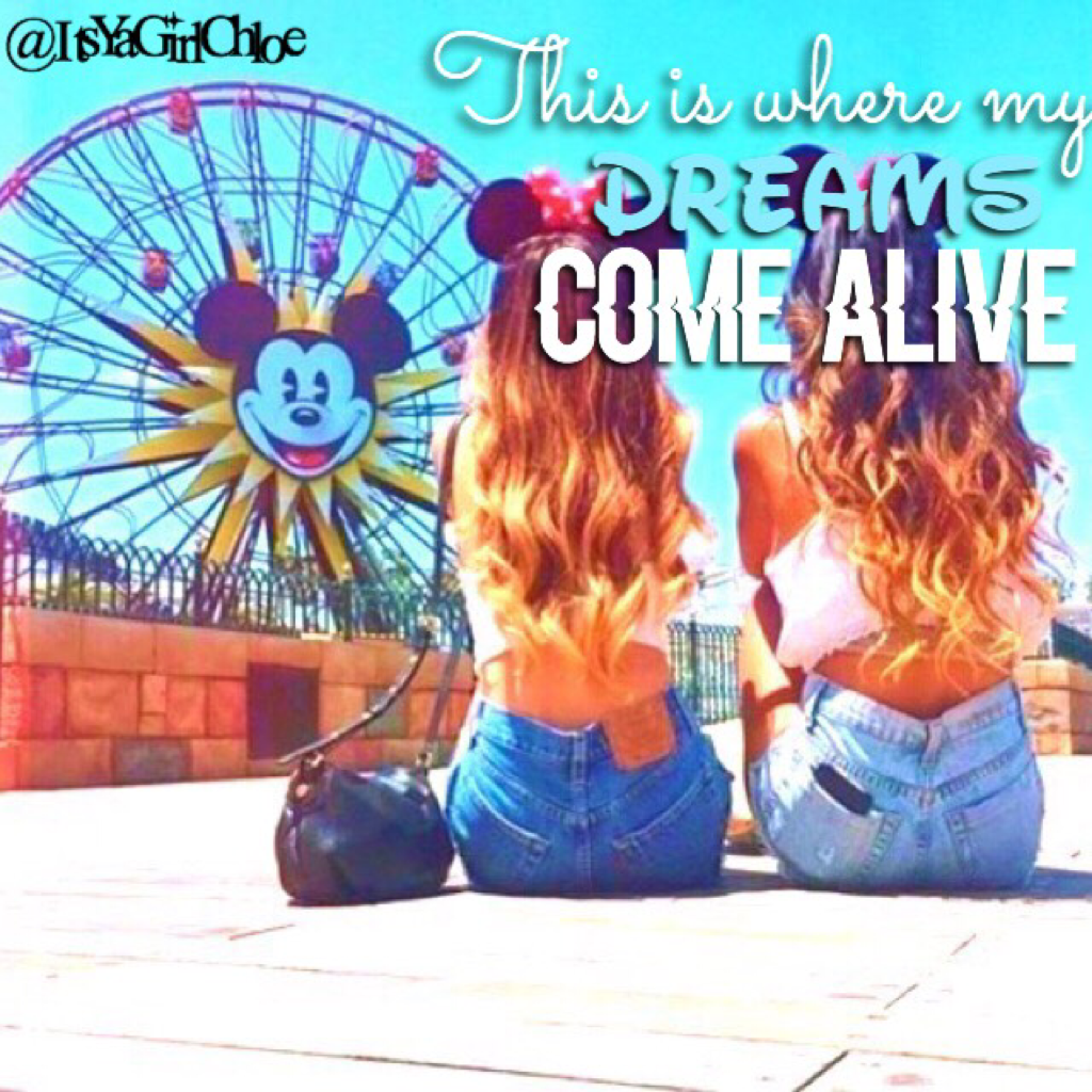 ❤️TAPPY❤️ I love Disneyland it does make your dreams feel like them come alive❤️inspired by @Sparkiling-Waters