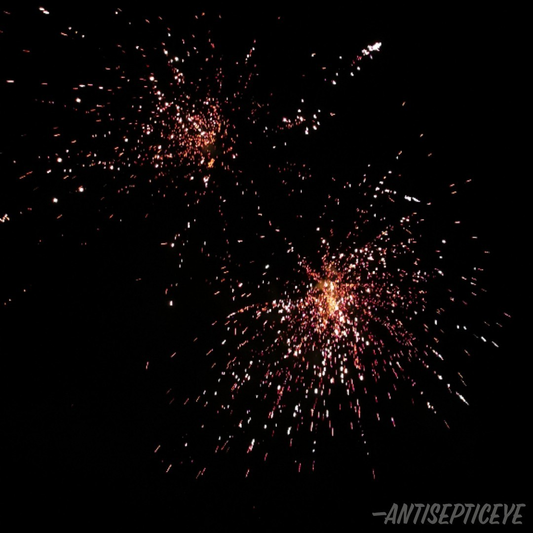Hey bro's!! Happy new year! I hope you all have a good start to this year AND decade! Best wishes, Anti.