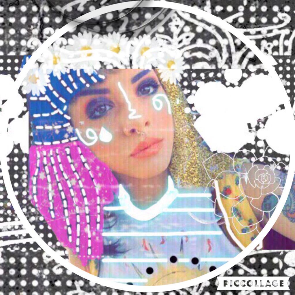 CLICK HERE First Icon for the beginning of our account back ...😭💗 NUMERO UNO! 😫😂🙂-Britney