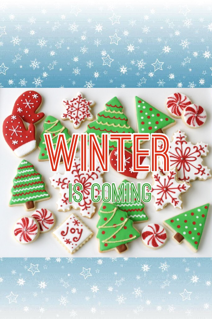 Winter is the best time of the year! I love the lights, Christmas cookies, snow, no school, spending time with family and decorations