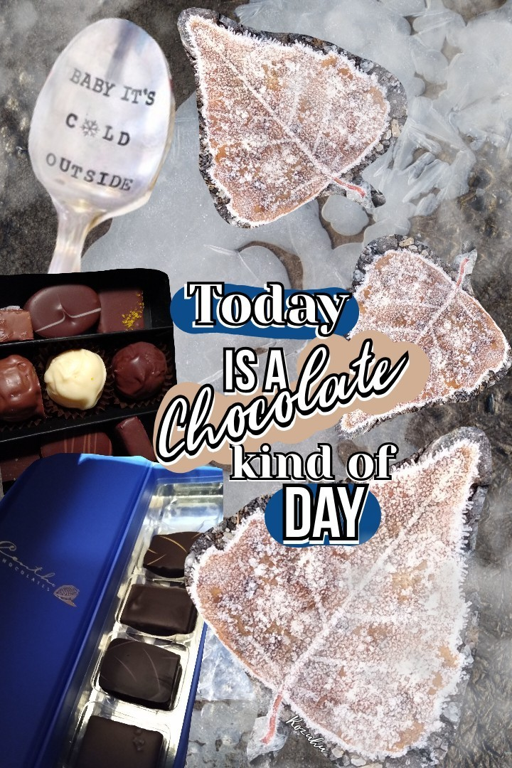 Yay weekend 💟! Have some chocolate and enjoy the day❣️