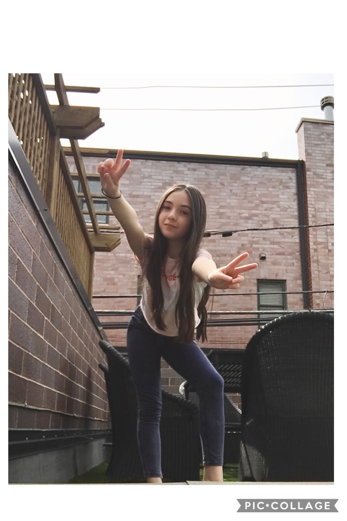 Today I was talking to some of my fans! It was great to know all of you! 🧡 please contact my team( email in bio) if you would like to have a google hangout call with me! 💜Ily all!