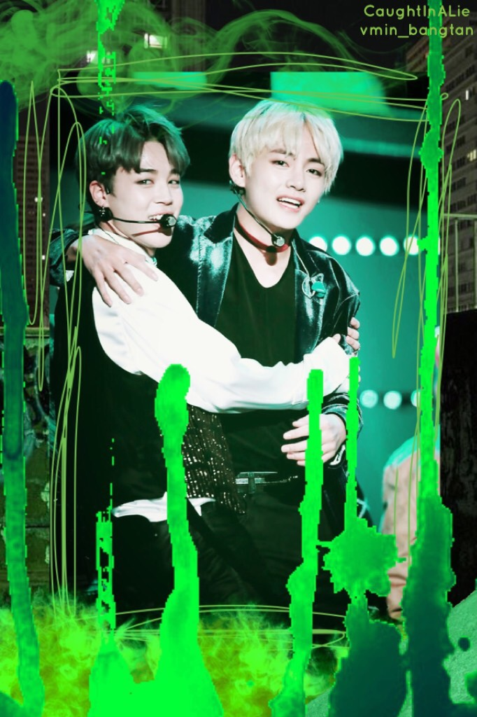 🐬Hello! Tap Here!🐬 •Zoie•  So I got bored and just wanted to try a different tap. Also happy St. Patrick's Day!! Can't have St. Patrick's Day without a little vmin!!!